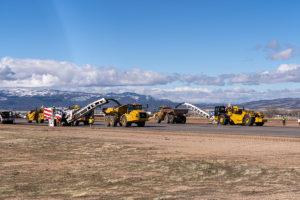 Milling runway asphalt