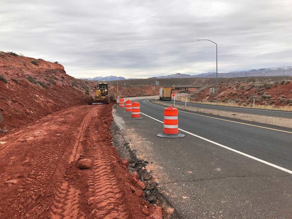 Grading and earthwork to improve exit 16 at SR-9 leading to Zions National Park